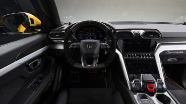 Lamborghini Urus – interior