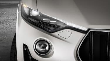 Maserati Levante GTS - lights