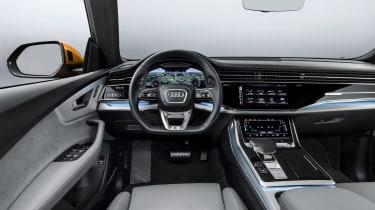 Audi Q8 TDI - dash