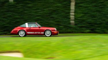 Everrati Porsche 964 – pan