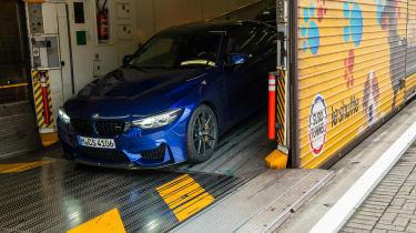 BMW M4 CS - eurotunnel