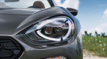 Fiat 124 Spider - Headlight