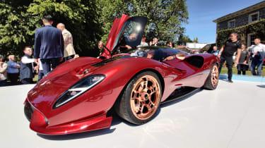 De Tomaso P72 front show