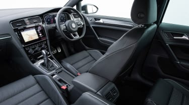 2017 Volkswagen Golf GTD - Interior