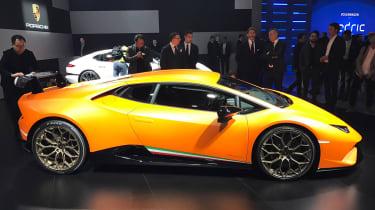 Lamborghini Huracan Performante Geneva 2017 side