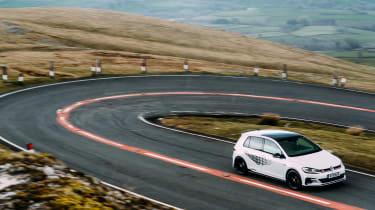 VW GTI TCR vs Megane RS Trophy - switchback