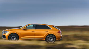 Audi Q8 Vorsprung – side
