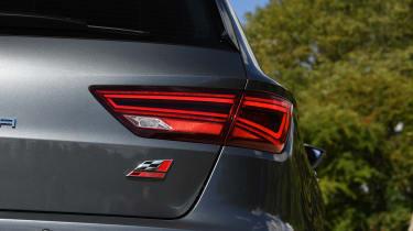 SEAT Leon Cupra ST Carbon Edition - rear