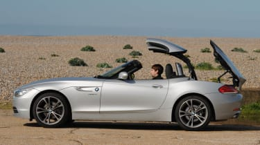 2013 BMW Z4 sDrive18i hard top roof opening