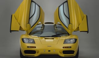 McLaren F1 - front, doors up