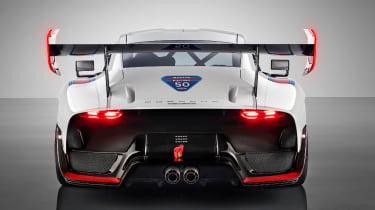 New Porsche 935 wing