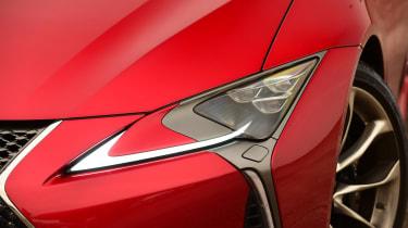 Lexus LC 500h - headlights