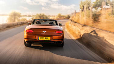 Bentley Continental GT Speed – rear tracking