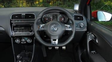 Volkswagen Polo R-line steering wheel dashboard