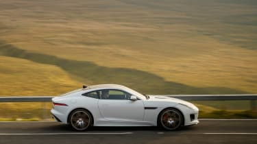 Jaguar F-Type Chequered Flag edition - side
