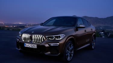 New BMW X6 front grille