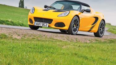 Lotus Elise Sprint 220 - front quarter