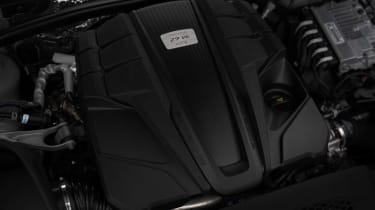 Porsche Macan GTS 2021 – engine