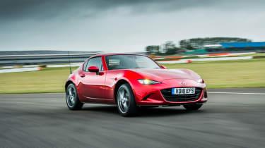Mazda MX-5 RF – on track