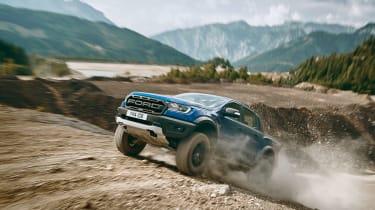 2019 Ford Raptor - drive