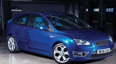 Ford Focus ST blue, front quarter