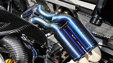 Pagani Zonda 760RS - exhaust