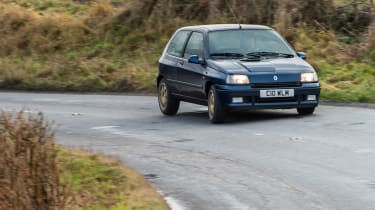 Renault Clio Williams - turn in