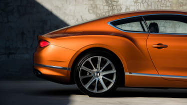 Bentley Continental GT V8 - rear haunch
