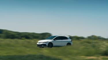 Volkswagen Golf GTI Clubsport 45 – front pan