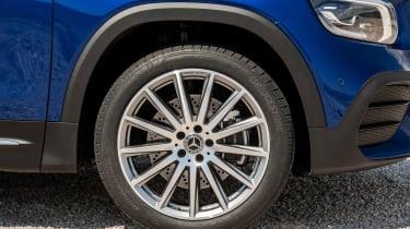 Mercedes GLB revealed - wheel