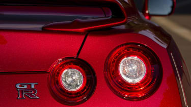 Nissan GT-R 2014 rear light spoiler wing