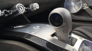 ATS Automobili GT - gearstick