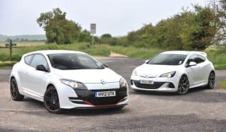 Renault Megane 265 vs Vauxhall Astra VXR video
