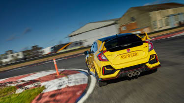 Honda Civic Type R Limited Edition - rear tracking