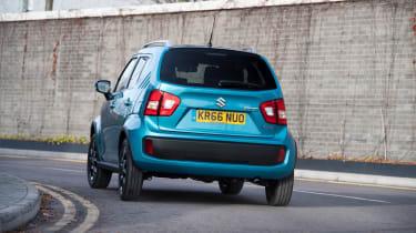 Suzuki Ignis cornering rear