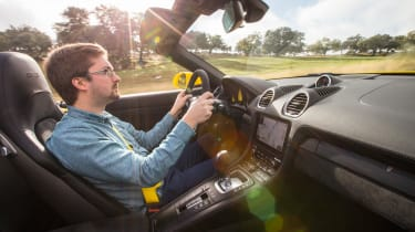 Porsche 718 Boxster GTS – interior driving