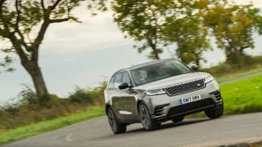 Range Rover Velar P380 First Edition - front dynamic