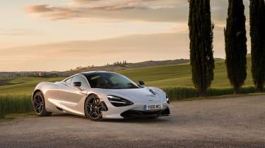 McLaren 720S in Italy - front quarter