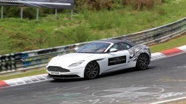 SPY - Aston Martin DB11 Volante 4