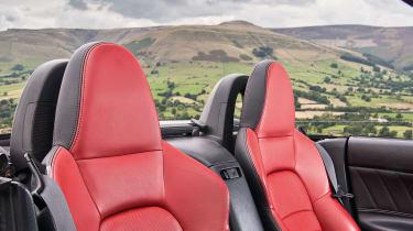 Honda S2000 – seats