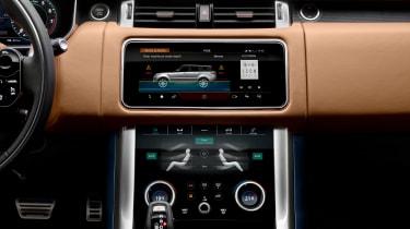 Range Rover Sport - on road interior dash\