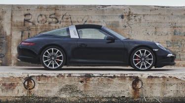 Porsche 911 Targa 4S roof up