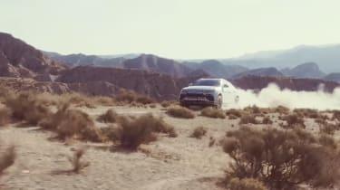 Lamborghini Urus Terra video – front