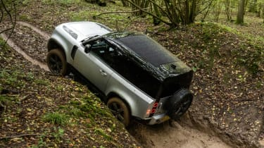 Land Rover Defender 90 P300 – top