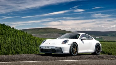 992 GT3 group test – 911 static