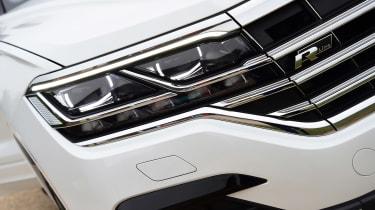Volkswagen Touareg UK drive - headlights