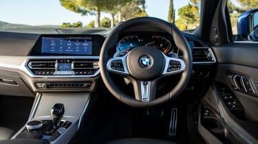 BMW 320d M Sport 2019 dash