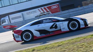 Audi e-tron Vision Gran Turismo side