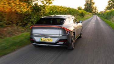 Kia EV6 GT-Line S – rear tracking