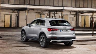 Audi Q3 2018 - rear